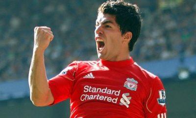 Liverpool réagit à la rumeur Suarez