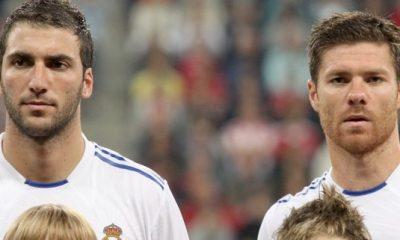 Xabi Alonso et le Real retiennent Higuain