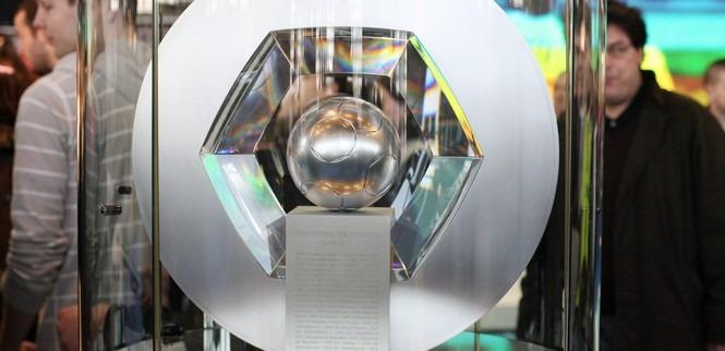 Vous pouvez voir l'Hexagoal au Megastore du PSG jusqu'au 18 aout