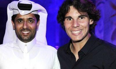 Nasser offre le nouveau maillot à Nadal