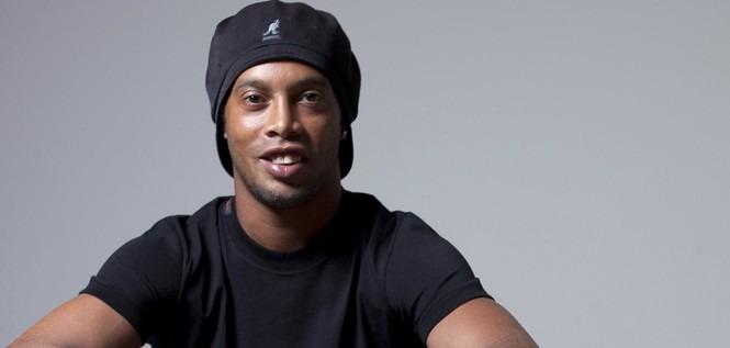 Ronaldinho est « très content » pour le PSG