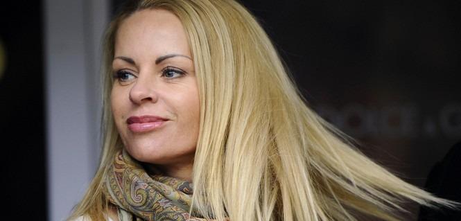 La femme d'Ibrahimovic voudrait aller à Milan et pourrait l'influencer, selon le Corriere Dello Sport.