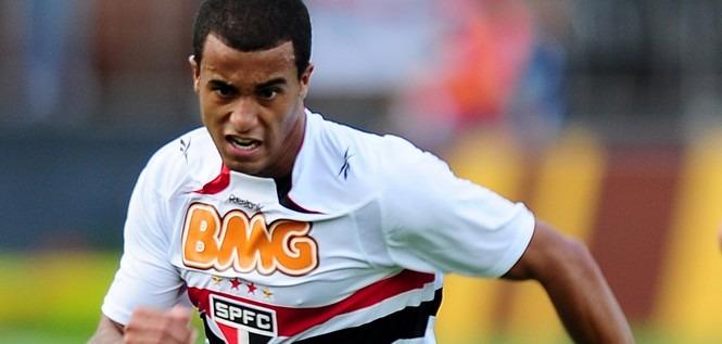 Lucas Moura buteur avec Sao Paulo