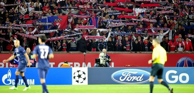 PSG - Zagreb : Bagarres entre supporters