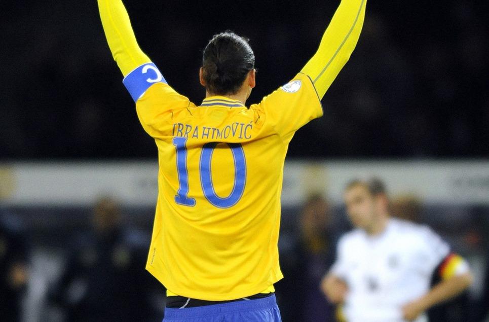Zlatan Ibrahimovic demande à Malmö de l'attendre, la rumeur d'un transfert enfle