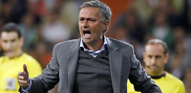 LDC - Pour Dugarry, le problème du PSG c'est Mourinho