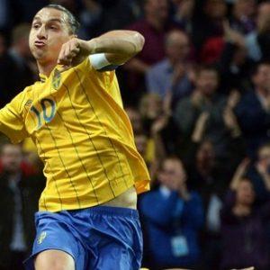 Ibrahimovic a deux objectifs: rendre son record imbattable et qualifier la Suède à l'Euro 2016