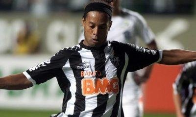 Vidéo : Ronaldinho a eu très chaud !