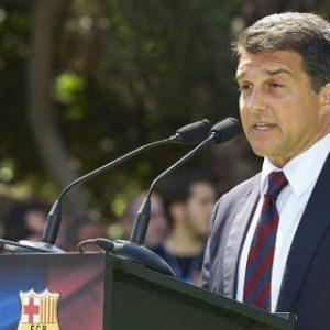 """Laporta: Le Barça vendre Messi """"jamais!"""", Neymar c'est possible """"pour équilibrer les finances"""""""