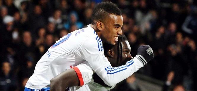 Ligue 1 - L'OL s'impose et met la pression (1-3)