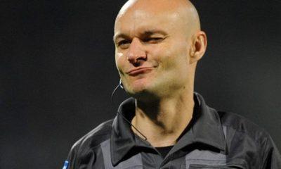 Ligue 1 - L'arbitre a offert le penalty et la victoire au PSG?