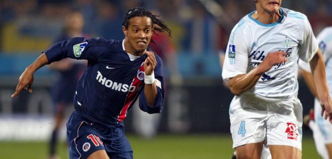 """Ronaldinho se souvient bien des Classicos, """"J'aime encore le PSG"""""""