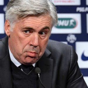 """Anciens - Ancelotti raconte la plus grande colère de sa carrière, au PSG: il a """"cassé une porte""""Anciens - Ancelotti raconte la plus grande colère de sa carrière, au PSG: il a """"cassé une porte"""""""