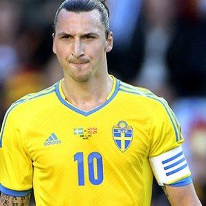Zlatan Ibrahimovic toujours gêné au mollet et préservé par son sélectionneur