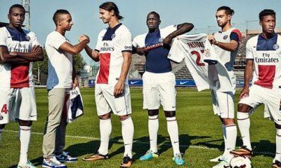 Le nouveau maillot extérieur plait aux Parisiens