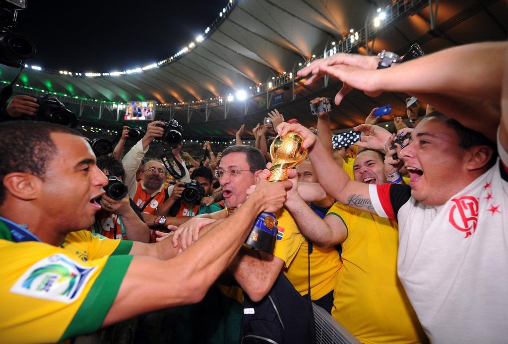 CDC - Photos : Lucas et Thiago Silva lors de la finale