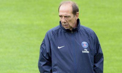 Bordeaux/PSG - Le brassard noir des Parisiens était un soutien à Jean-Louis Gasset, qui a perdu son épouse