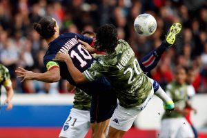 Talonnade Zlatan Ibrahimovic contre SC Bastia