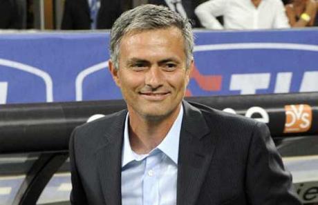 Mercato - Mourinho prévient: si un club veut Cech, il demandera un échange