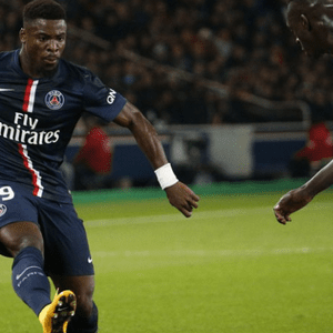 PSG- Aurier: «Il y a une forte concurrence»