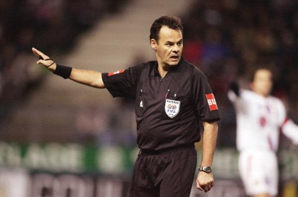 Exclu - Bruno Derrien : le rouge de Thiago Silva, l'ambiance au Parc et l'arbitrage vidéo