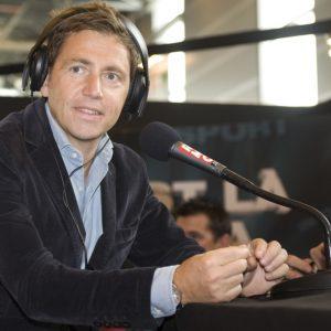 Daniel Riolo s'en prend aux pelouses de Ligue 1 avec l'exemple d'un club de D6 anglaise