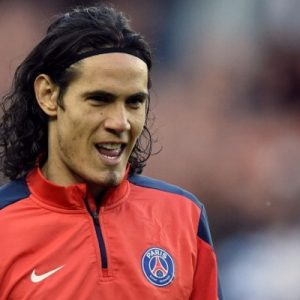 Cavani dîne dans un grand restaurant de Madrid, mais refuse l'invitation de l'Atlético