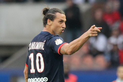 """PSG - Ibrahimovic chambre Trapp en marquant """"Welcome to Paris"""""""