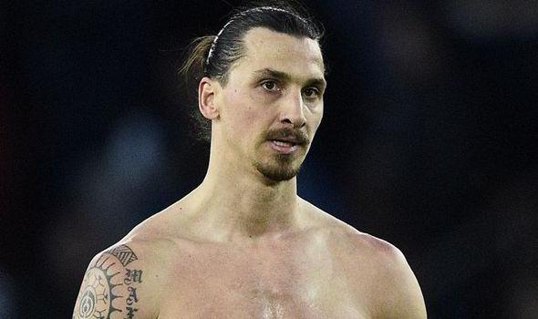 """Mercato - Van Gaal annonce une """"surprise"""" en attaque, les bookmarkers pensent à Ibrahimovic"""