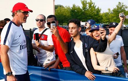 """PSG - La ferveur nord-américaine qui ravit Laurent Blanc et prouve que """"Paris grandit très vite"""""""