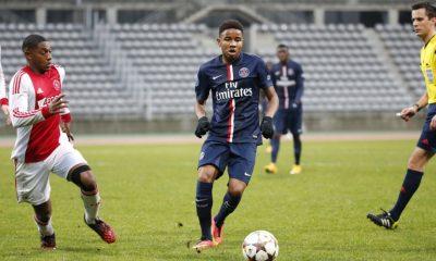 """PSG - Laurent Blanc parle de Augustin et Nkunku """"j'espère que ce seront des exemples pour d'autres joueurs"""""""