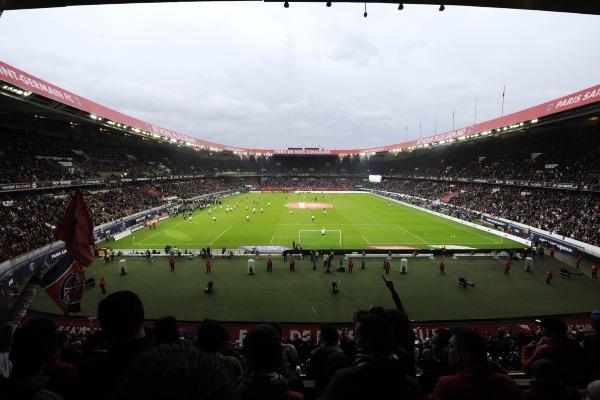 Un choix entre places VIP et consigne de la LFP pour le PSG, selon L'Equipe