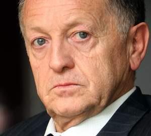 """Aulas continue sa plainte, Caïazzo demande l'interdiction des """"déclarations nuisibles"""""""