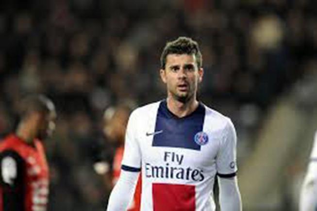PSG - Ajaccio: Motta acclamé, Stambouli sifflé