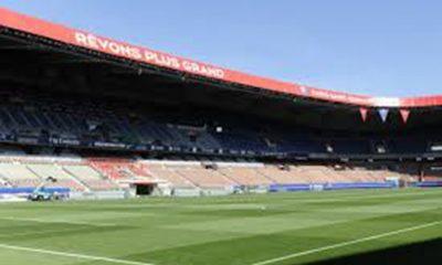 Ligue 1 - Le PSG également leader au championnat des pelouses