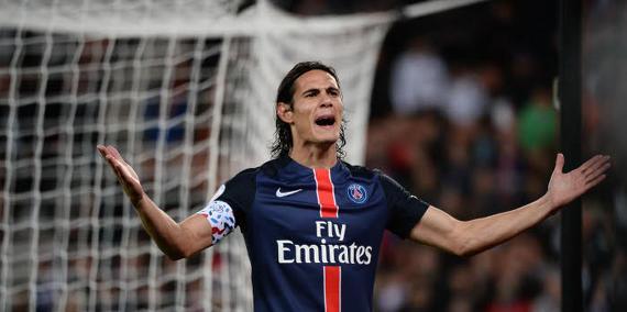 """Ménès tacle Cavani qui n'est """"pas un grand joueur"""" et """"marque parce qu'il joue au PSG"""""""