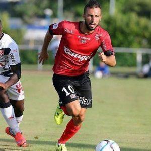 """Ligue 1 - Benezet et le bus """"mal garé"""" gentiment moqué sur Twitter"""