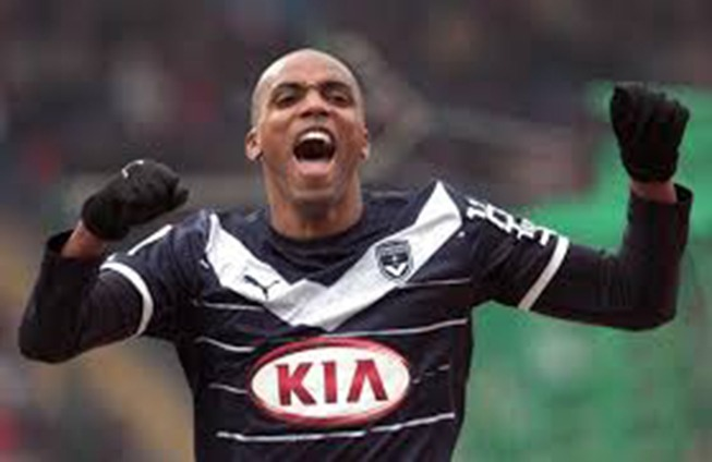 "PSG- ""Sur le terrain, on veut gagner"" affirme Maurice Belay"