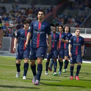 FIFA 16 - Pierre Ménes juge Zlatan et Lucas « in-game »