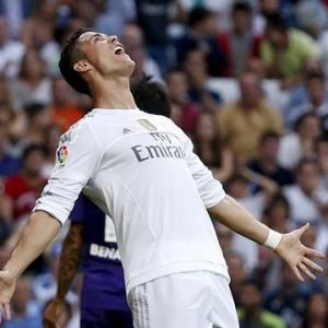 """Mercato - Le PSG """"n'a pas renoncé"""" à recruter Ronaldo et serait prioritaire s'il quitte le Real Madrid"""