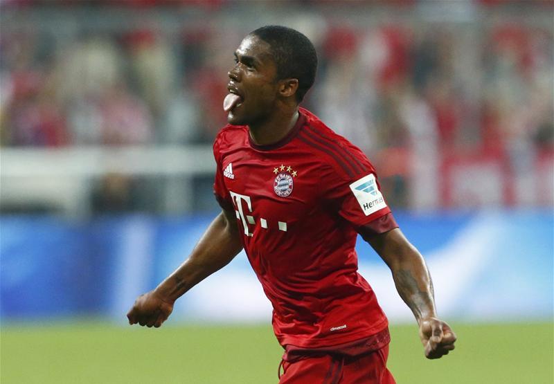 Douglas Costa déclare forfait pour les JO, une possibilité pour Thiago Silva?