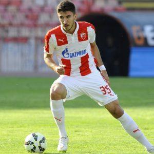 Stuttgart accélérerait pour Grujic, le PSG pourrait laisser la main sur le dossier