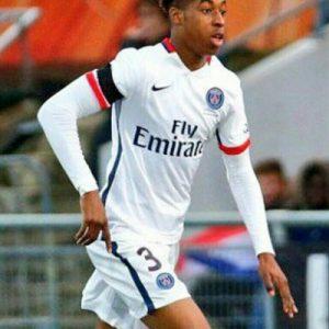 """Presnel Kimpembe """"a refusé"""" la première offre du PSG, mais les négociations continuent, d'après L'Equipe"""