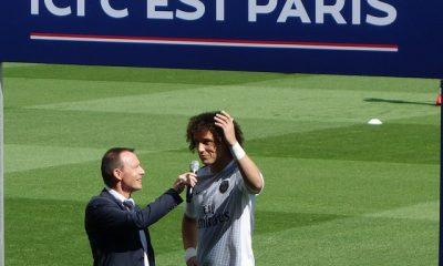 David Luiz coach de Futsal, les fans sont heureux