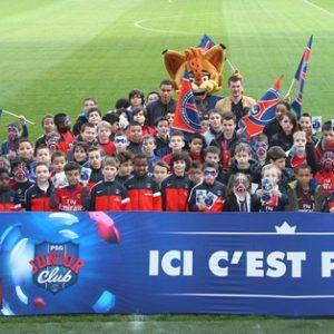 Le Junior Club fête le Noël avec des joueurs parisiens