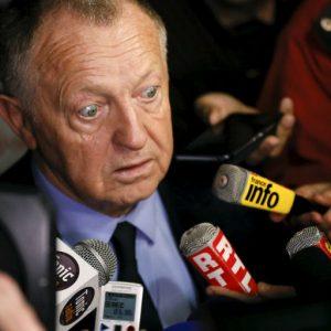 Mercato - Aulas confirme l'intérêt du PSG pour Lacazette, mais pas la possibilité d'un départ