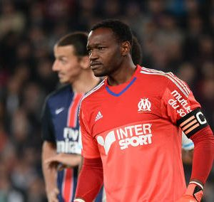 Mandanda espère qu'Aurier sera pardonné par le club, les dirigeants et les supporters du PSG