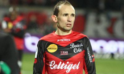 Pour Giresse : « Lyon peut être la première équipe à faire tomber le PSG »