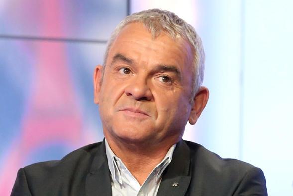 """Olivier Rouyer : Cavani """"un attaquant de bonne réputation, mais pas génial"""""""