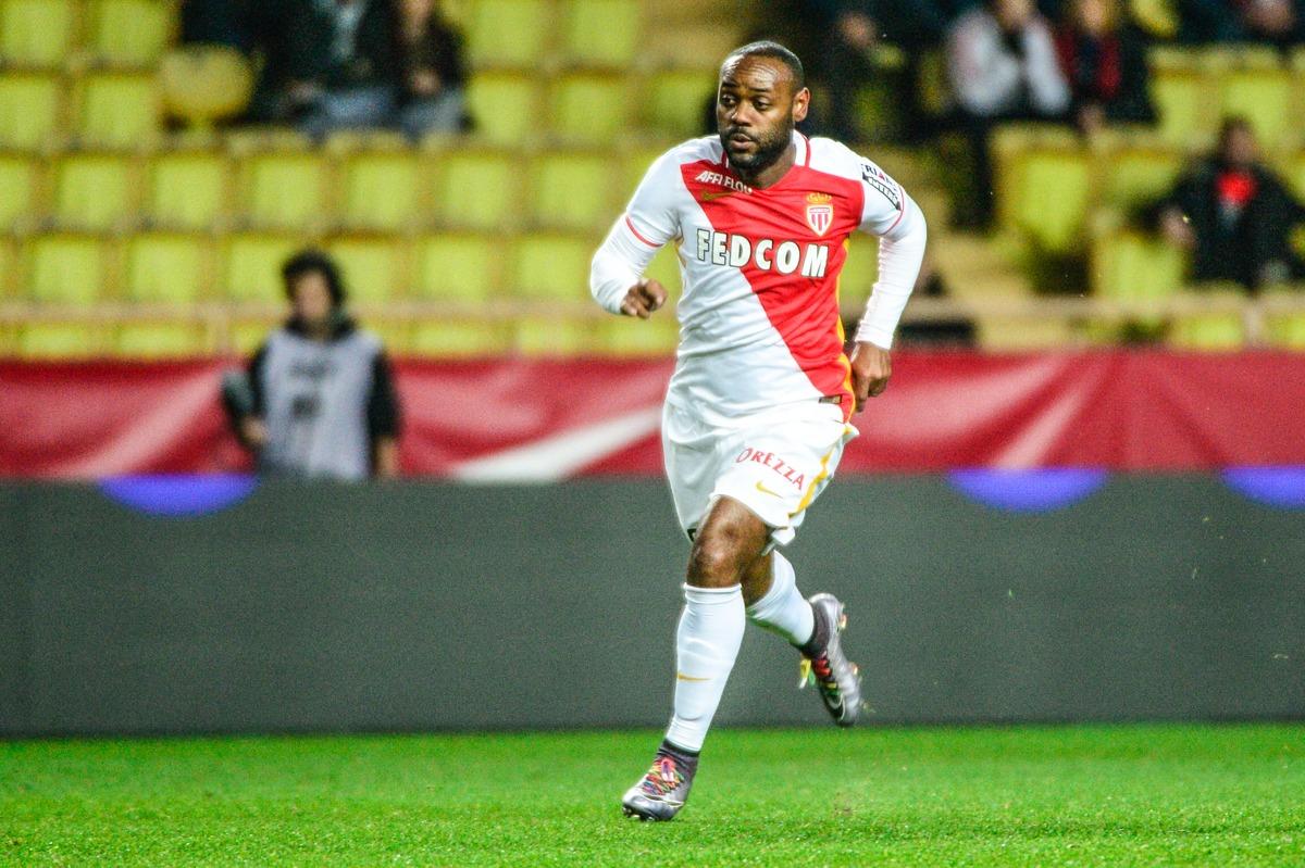 Monaco tenu en échec par Reims (2-2) offre la possibilité au PSG d'être titré ce week-end